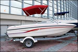 Safe Methods For Getting A Boat Off Of A Trailer On Dry