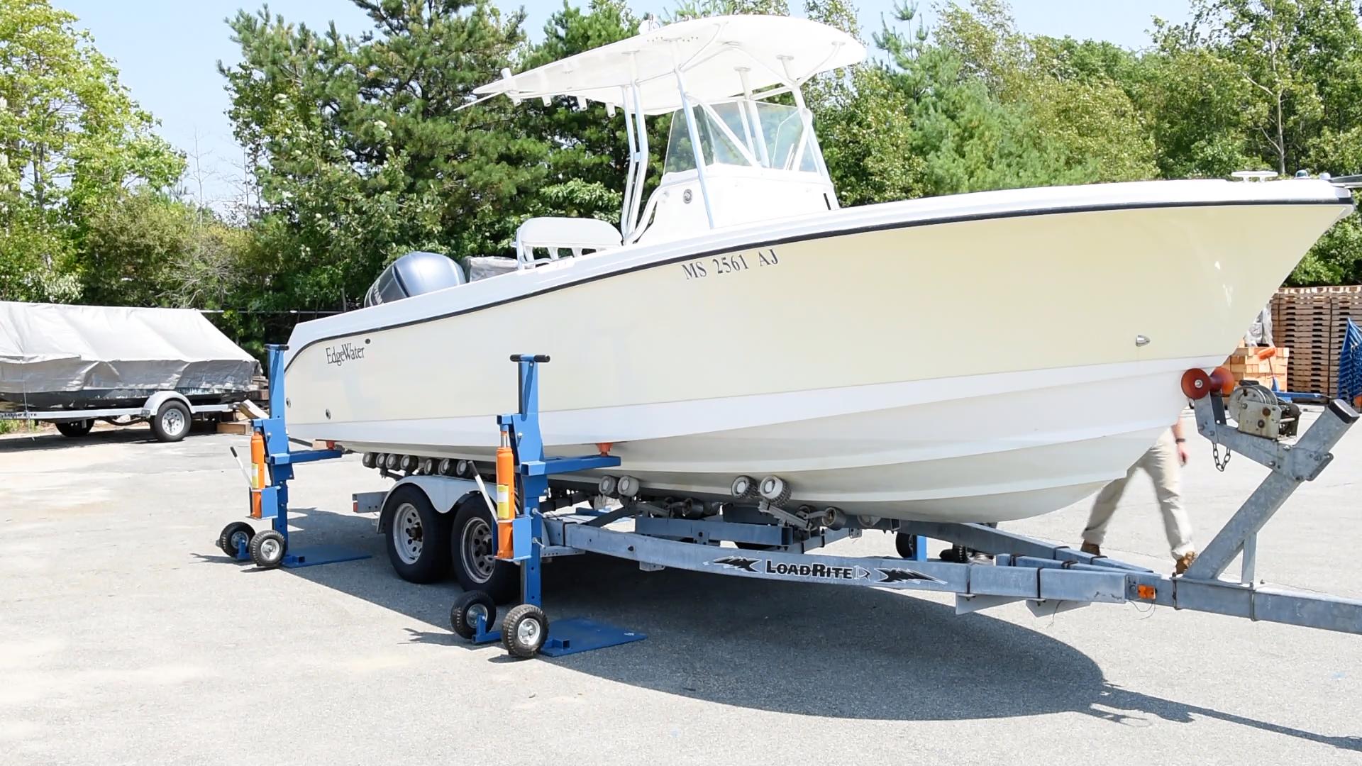 Hydraulic Boat Lifting System