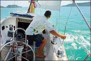 tropical-sailboat-storage